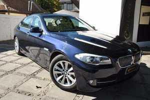 BMW Serie 5 520I 2.0 TURBO TOP DE LINEA MAXIMA POTENCIA Y ECONOMIA